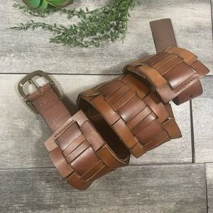 {Fossil} link waist wide leather belt